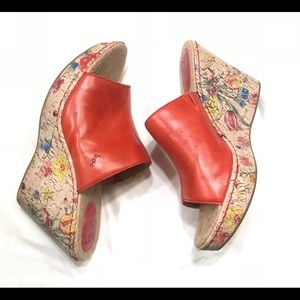 Born leather floral Slip On Wedge Size 11/43 M/W
